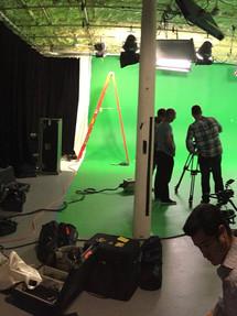 Aaron Seals- Commercial Set