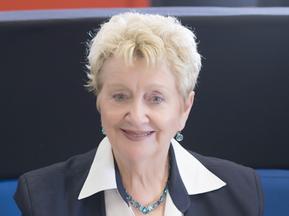 Dr Lyn Bishop OAM