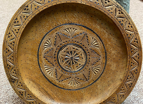Vintage wood bowl/offering plate/hand carved