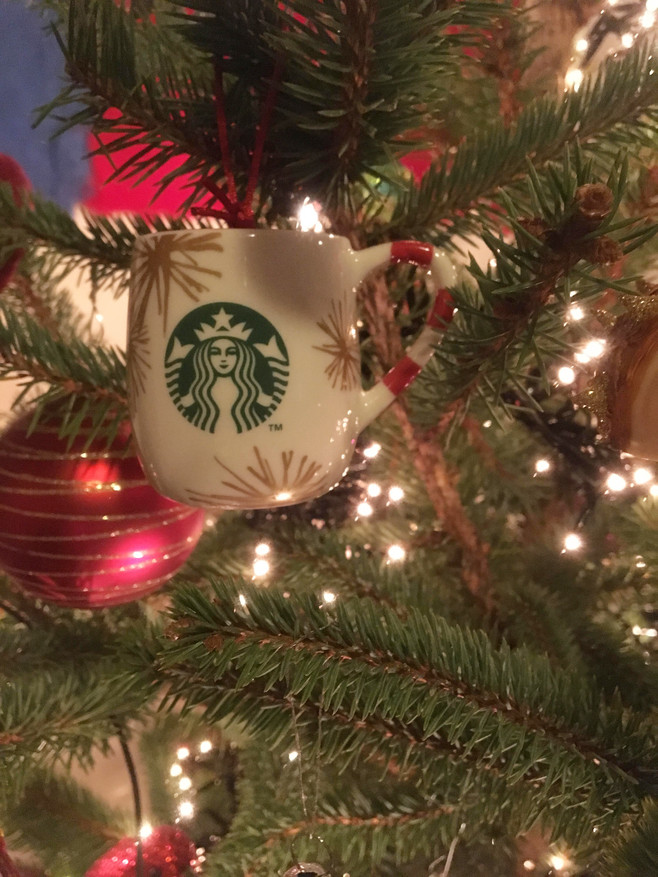 Snapshots: Our Very Merry Christmas Tree