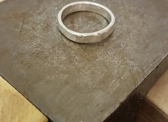Simple Hammered Ring - 29th November Afternoon