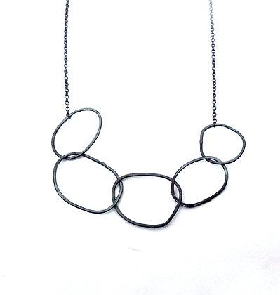 Irregular Hoop Necklace