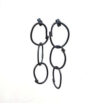 Irregular Chain Studs