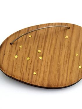 brass stud brooch 002.jpg