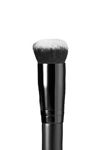 Pout Cosmetics, Under Eye Brush