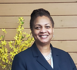 Gwen Lynch, Committee Chair
