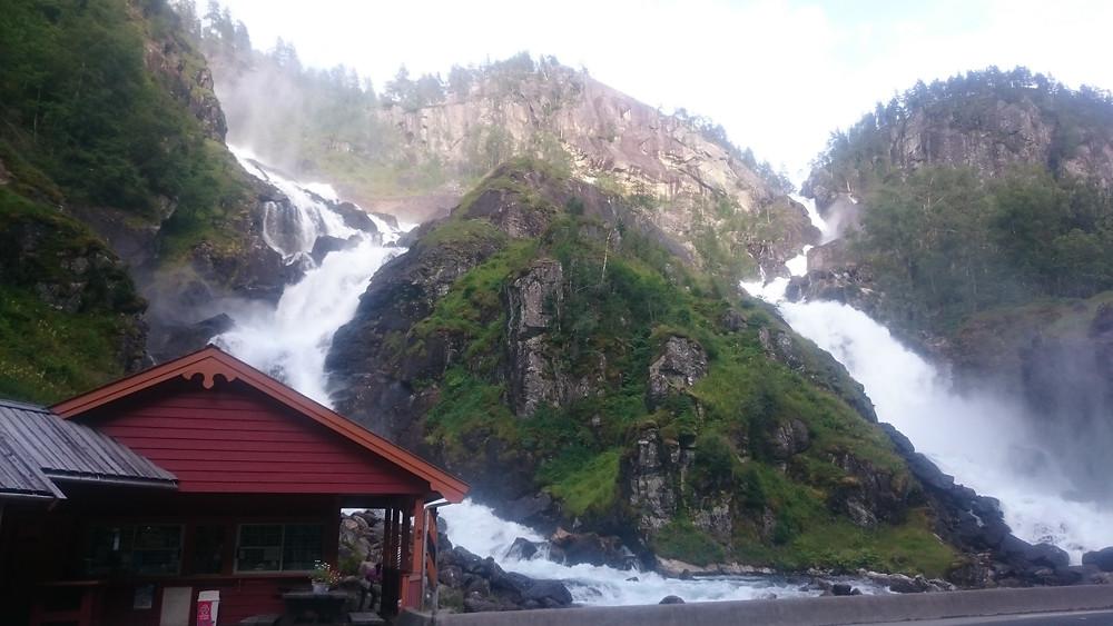 cascada Latefossen