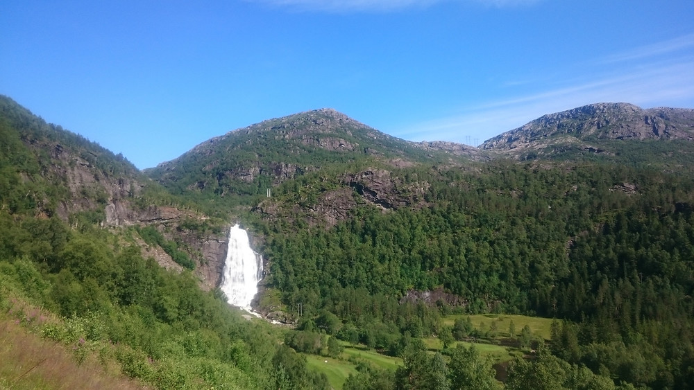 cascada langa Eikedalen