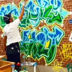 映画の美術会社にお邪魔して太陽マジックフィルムさんの舞台セット制作させて頂きました。_CENTURY PLANT公開中です‼︎_#graffiti#streetart#japanesegraffiti