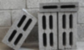 Керамзитобетонные стеновые блоки зарекомендовали себя как надежный и недорогой строительный материал для коттеджного строительства