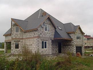 Пеноблоки больше подходят для постройки жилых домов