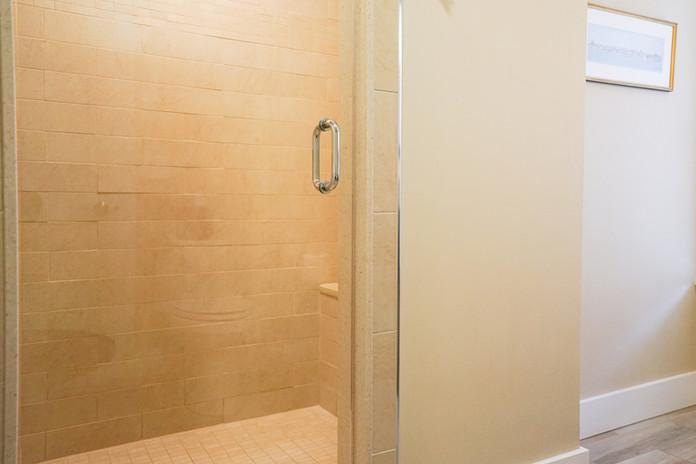 room-one-the-newport-inn-2021--02.jpg