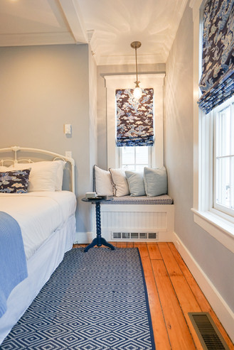 room-two-the-newport-inn-2021--06.jpg