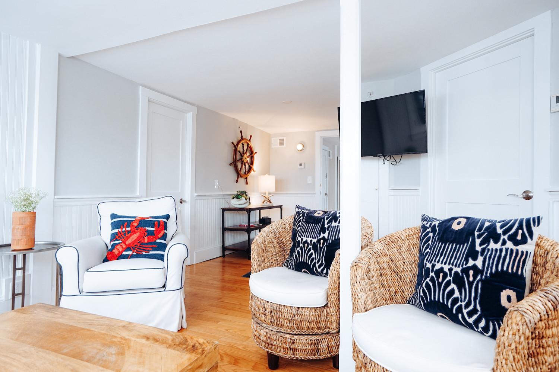 seaview-suite-the-newport-inn-2021--28.j