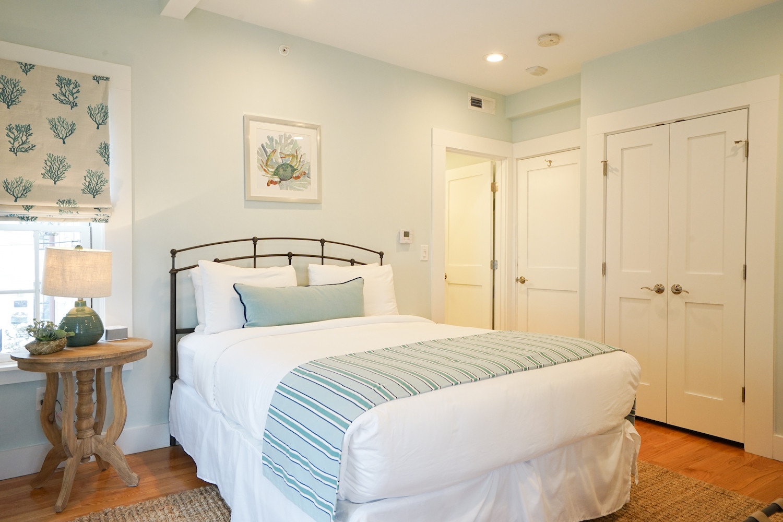 room-four-the-newport-inn-2021--08.jpg