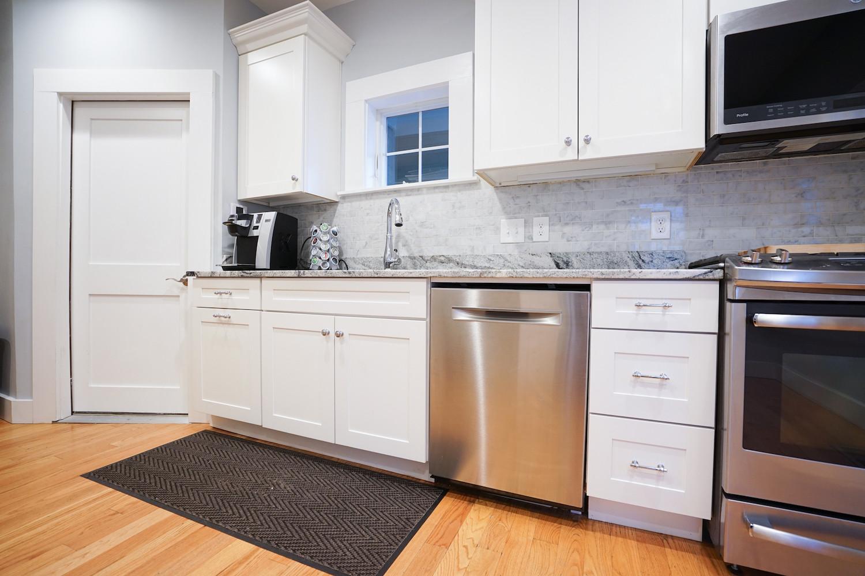 kitchen-the-newport-inn-2021--3.jpg