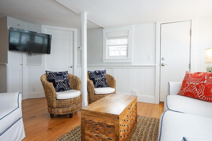 seaview-suite-the-newport-inn-2021--26.j