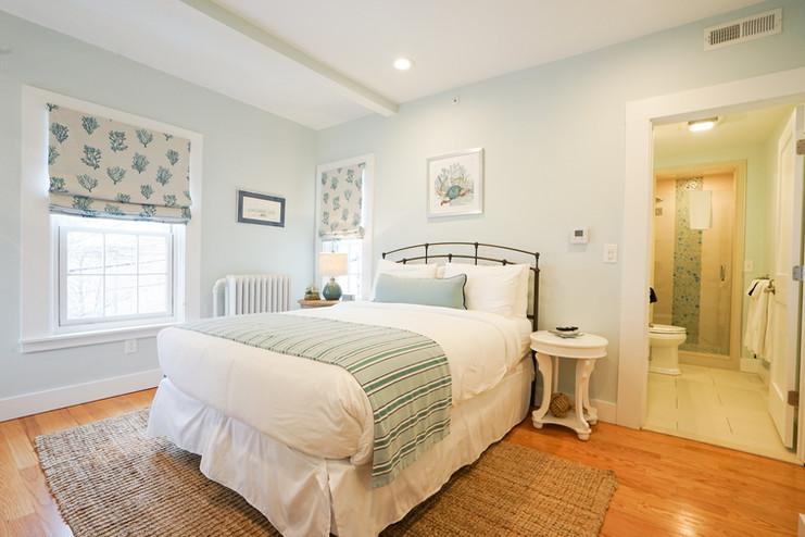 room-four-the-newport-inn-2021--09.jpg