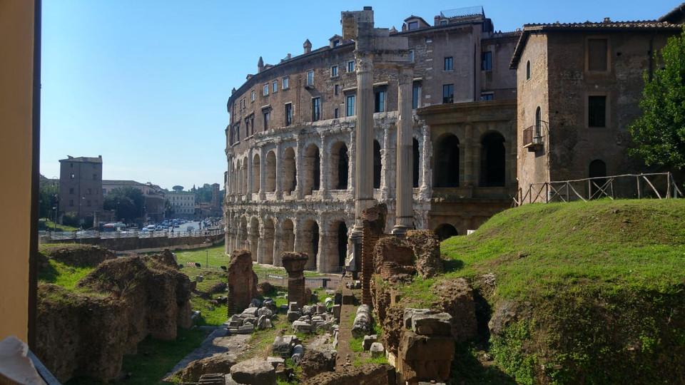 IN PRINCIPIO ERA ROMA