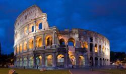Colosseum_in_Rome-April_2007-1-_copie_2B