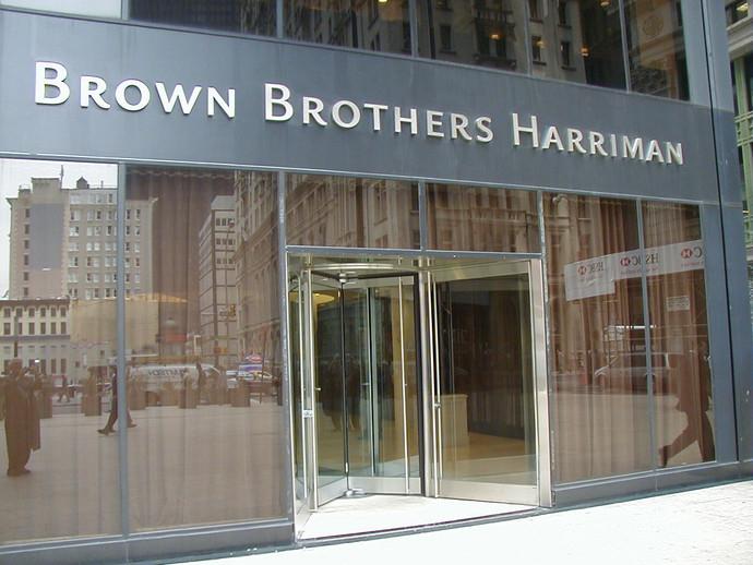 2 Brown Bros. 140 Bdwy Ext.JPG