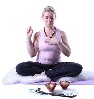B-T_yoga_klar3kopia.jpg