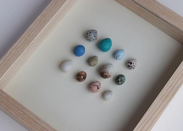 Birds eggs, paper sculpture by artist Kate Kato | Kasasagi