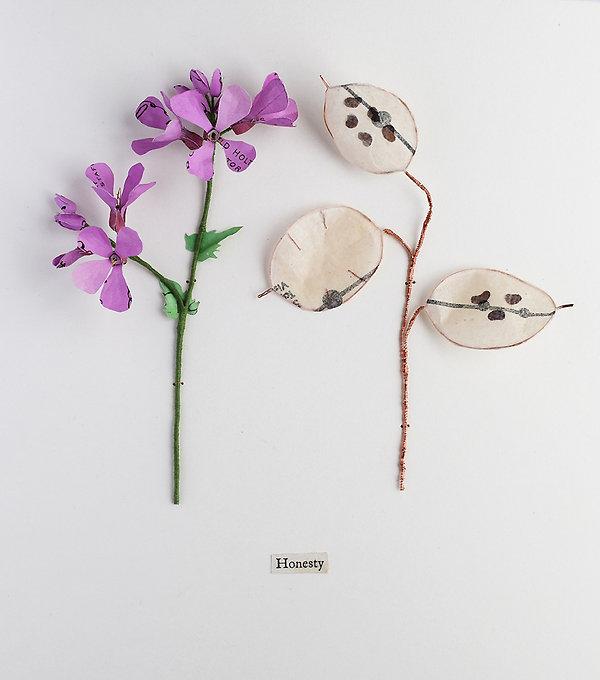 Honesty, a botanical sculpture, paper flower by artist Kate Kato | Kasasagi