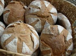 magnifique-pains-corbeille.jpg