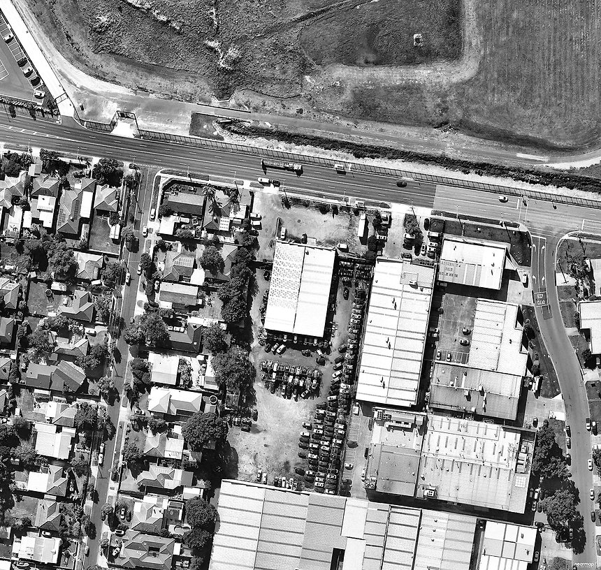 MORDIALLOC_LOWER_DANDENONG_RD_Aerial_BW.