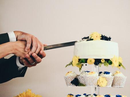 Wie schneidet man eine Torte?