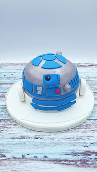 R2D2_Torte_Star_Wars.jpeg