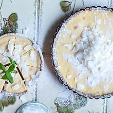 Lemon curd pie