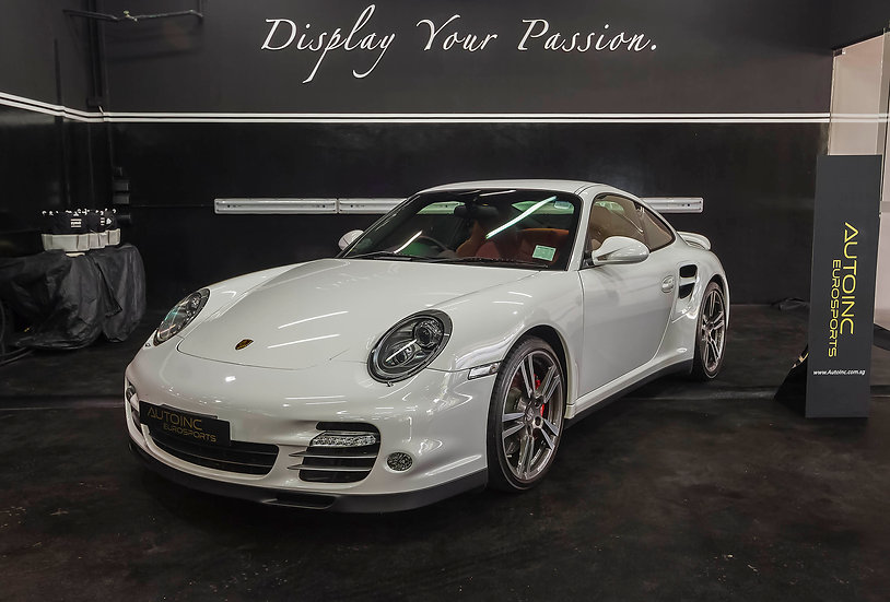 2010 Mar Porsche 911 Turbo Coupe PDK