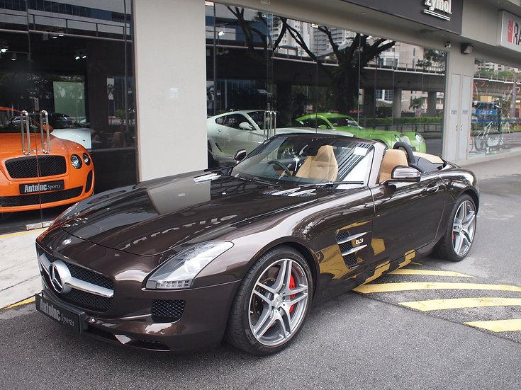 2013 Apr Mercedes-Benz SLS AMG Roadster