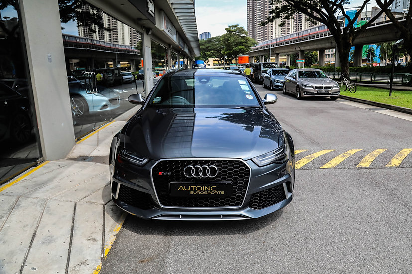 2016 Aug Audi RS6 Avant 4.0