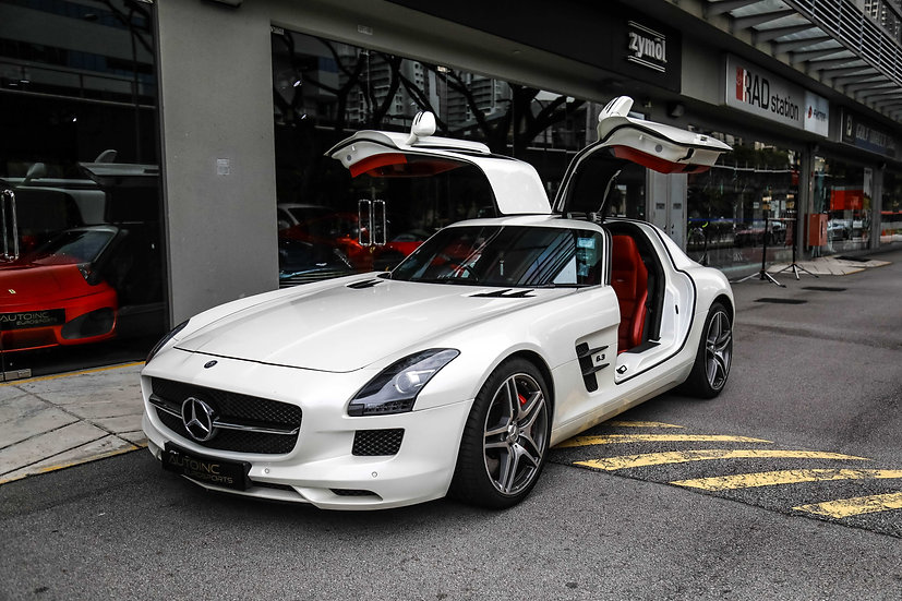 2011 Mar Mercedes-Benz SLS AMG Coupe