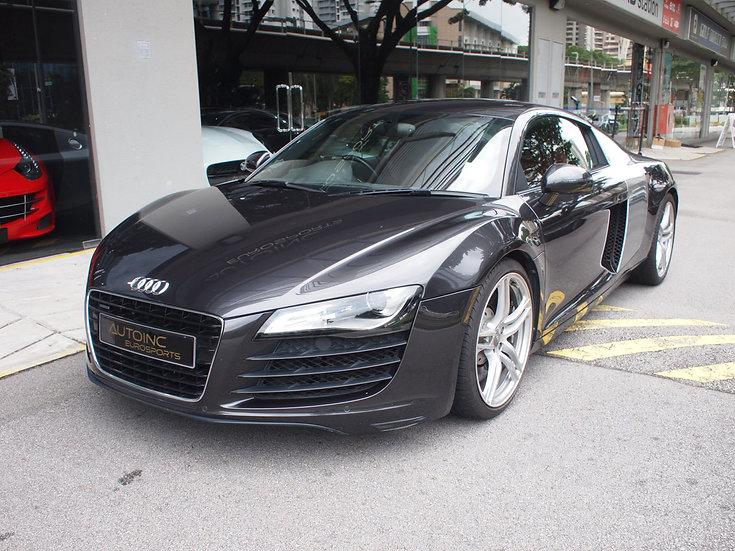 2013 Feb Audi R8 4.2 FSI
