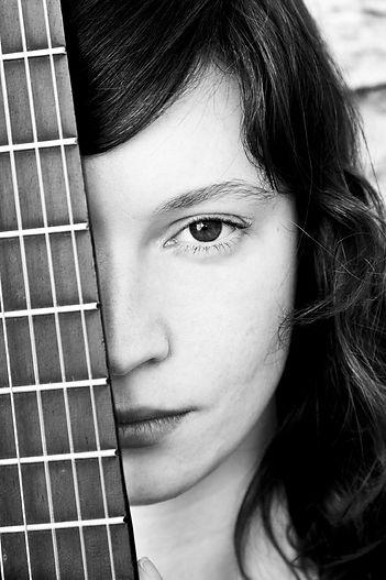 músico de la mujer