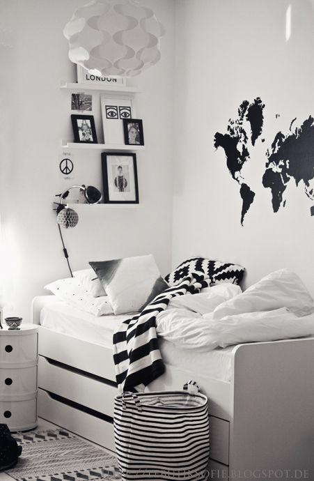 חדר ילדים שחור לבן