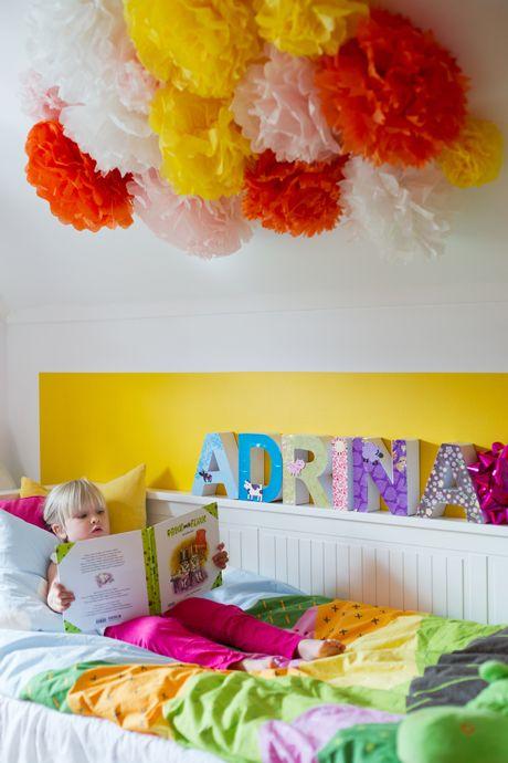 פונפונים בחדר ילדים