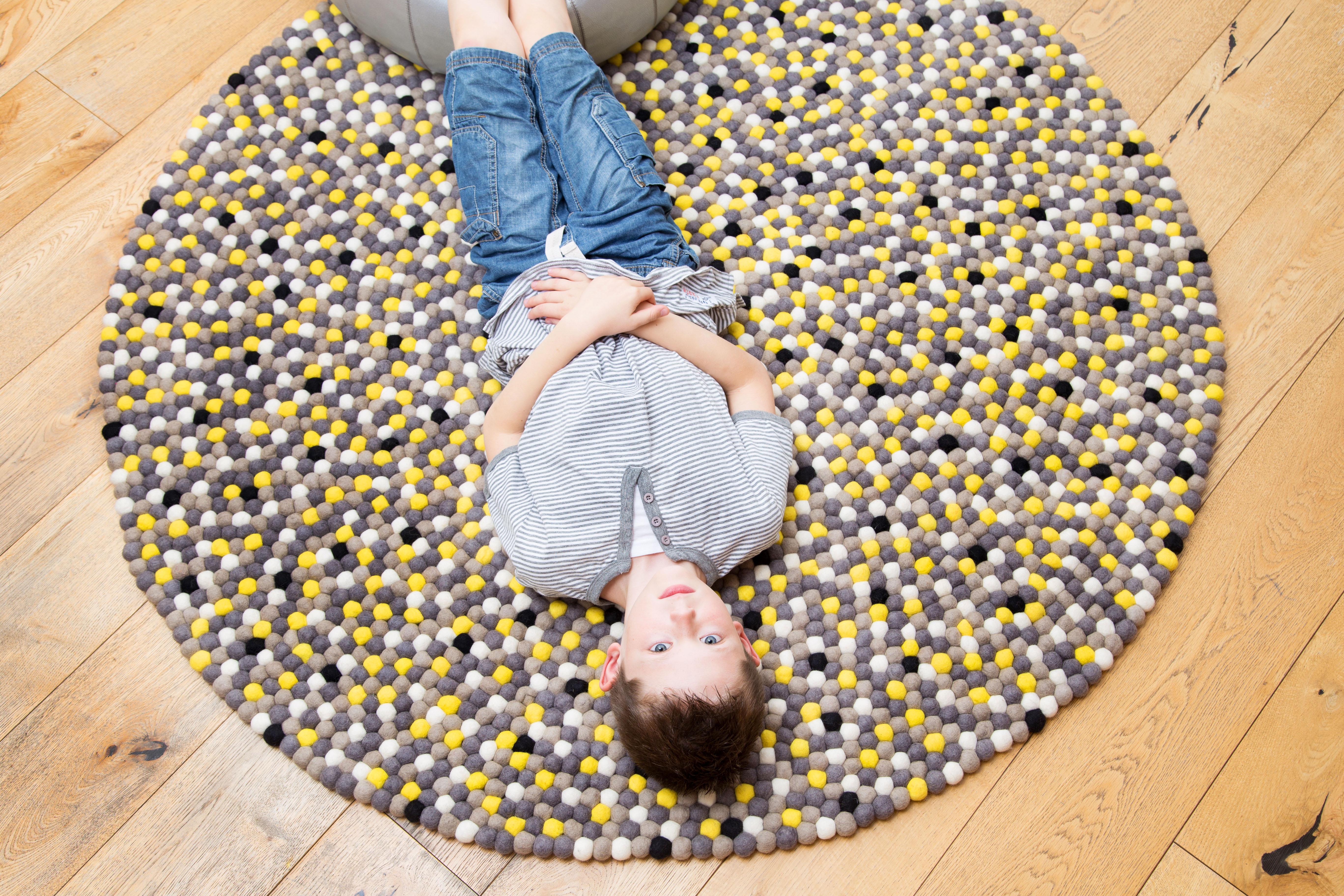 שטיח חדר נוער