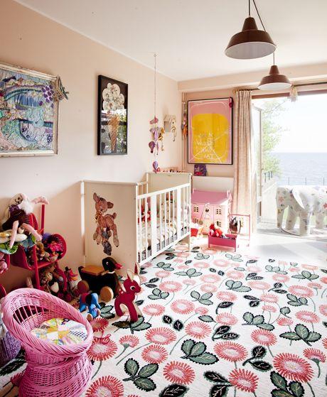 להתפרע עם צבע בחדר הילדים