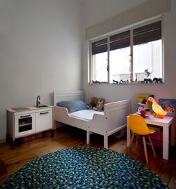 חדר ילדים עם שטיח אוקינוס