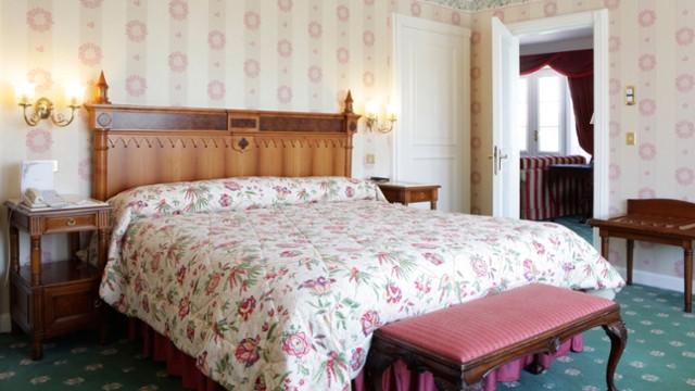 Chambre de la suite Walt's Appartment - Disneyland Hôtel  disneyland paris