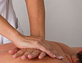massage hakim.jpg