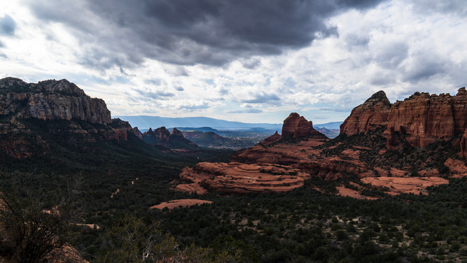 Sedona - Wide Shot of Red Rocks.jpg