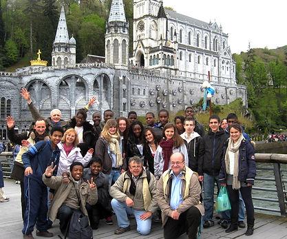 Jeunes au Frat de Lourdes