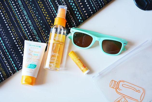d8c11649f7 ... προϊόντα AVON που θα γίνουν οι ...καλύτεροι φίλοι μας φέτος το  καλοκαίρι και θα προστατεύσουν το δέρμα