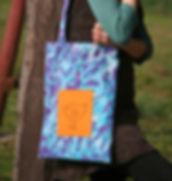 batikovaná plátěnka